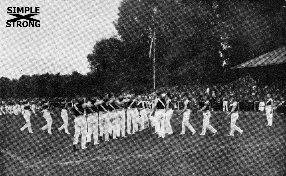 """Jonglieren"": Team Kettlebell Juggling in Germany (1925)"
