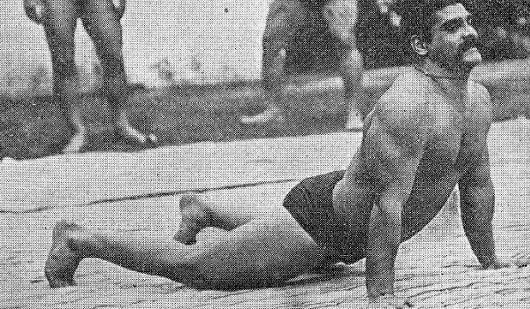 What Makes the Oriental Strong? The Indian Dands (Hindu Pushups)